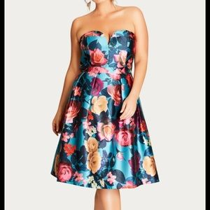 City chic Lush Floral size 18w or M new with tags